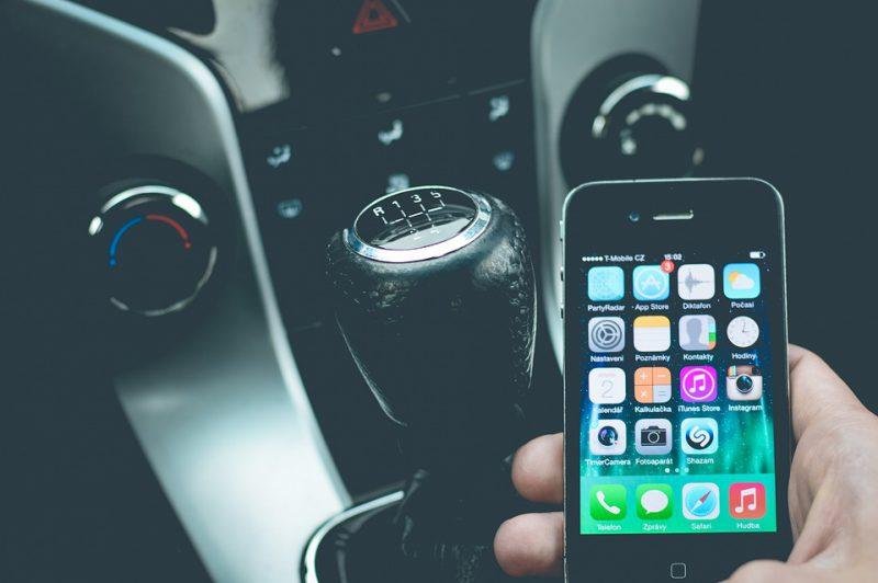 Mieux gérer l'entretien de sa voiture : le top des applications mobiles